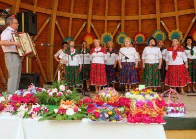 Zespól Folklorystyczny WIENIAWA